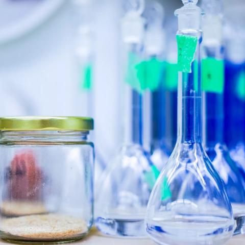 Утилизация лабораторных отходов